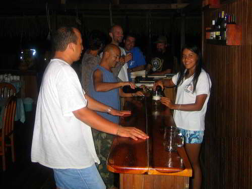 Oriente Ecuador tours: Bar, Cuyabeno Lodge.
