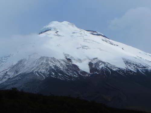 10 MEJORES SITIOS QUE VISITAR EN ECUADOR: The Cotopaxi is one of the oldest parks in Ecuador.